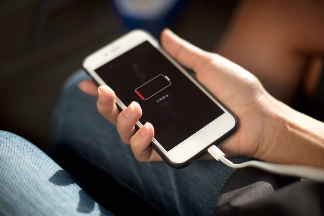 Top 10 Hacks to Prolong Your Smartphone's Battery Life