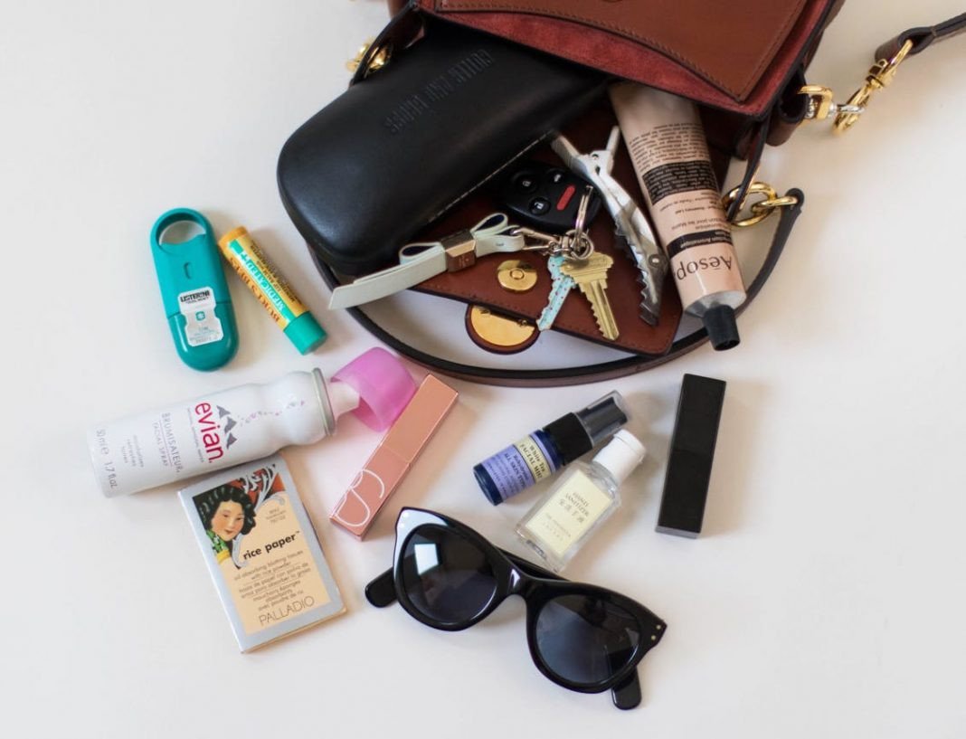 Top 10 Things Every Girl Should Have in Her Purse